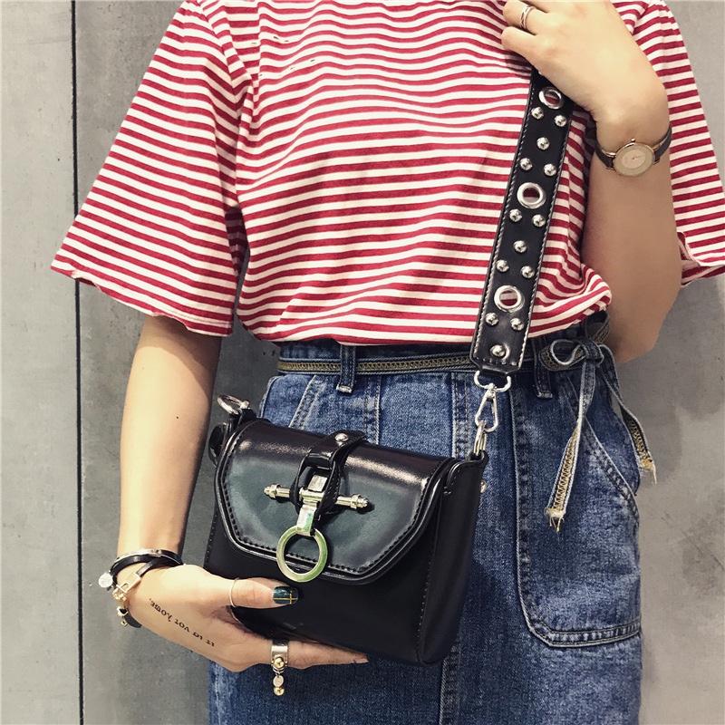 Lyudmyla Buckle Cool Bags For Girls Black Leather Bags Wide Strap Shoulder Bag 2017 New Fashion Handbag Mini Rivet Crossbody Bag