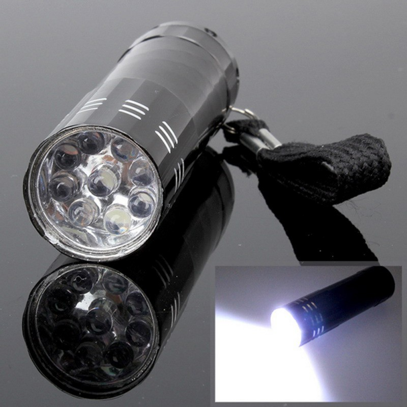 4 Colors Aluminum Covering Portable Flashlight 3 AAA Battery Classic Mini Flashlight Small LED Flashlight