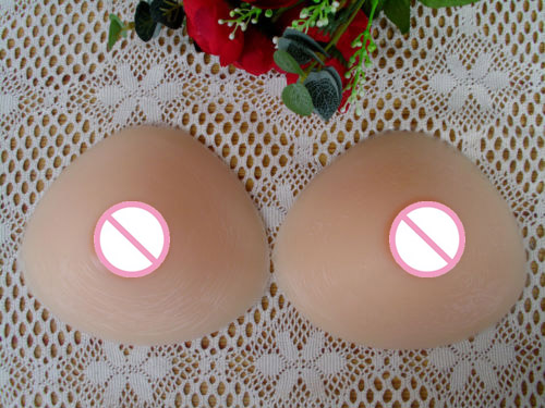 ФОТО Sex Products 600g/pair B Cup Silicone Fake Breast Form Crossdresser Triangle Artificial enlarge Boobs Pad For Shemale