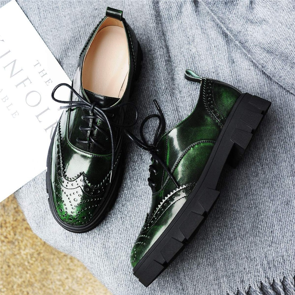 ФОТО Fashion Hollow Med Heels Genuine Leather Pumps Classic Lace Up Ladies Shoes Round Toe Preppy Style Increased Oxford Shoes C17