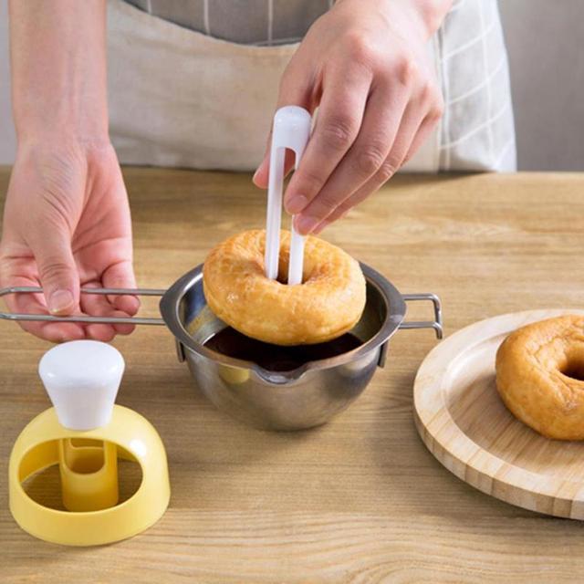 Baking Plastic Donut Maker