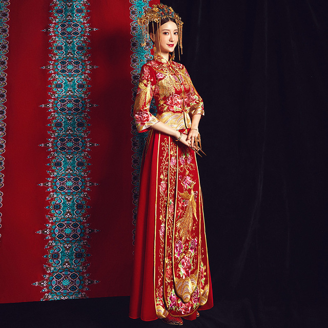 Phoenix Embroidery Chinese Wedding Dress