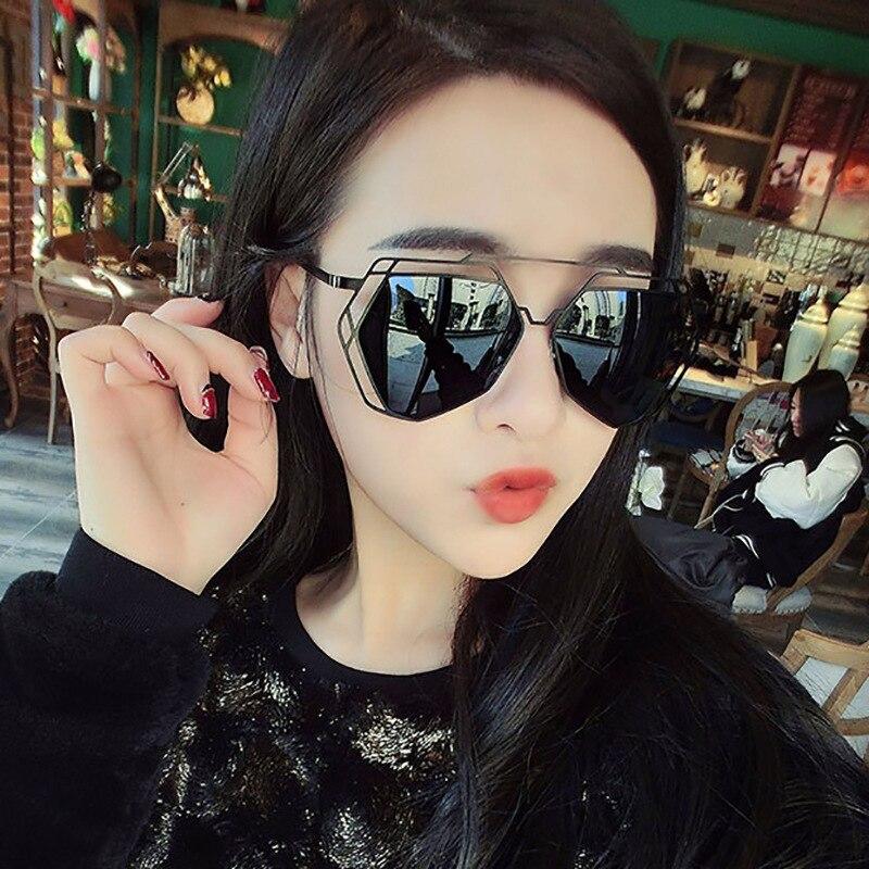 Avec des lunettes de soleil polygone rétro grand cadre lunettes de mode coloré mercure lunettes de soleil marée