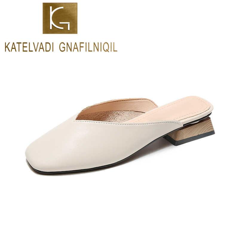 KATELVADI Moda Mulher PU Sapatos de Designers Da Marca 2019 Deslizamento Em Loafers Chinelos Mulas Bege Bombas Big Size 34- 43 K-416