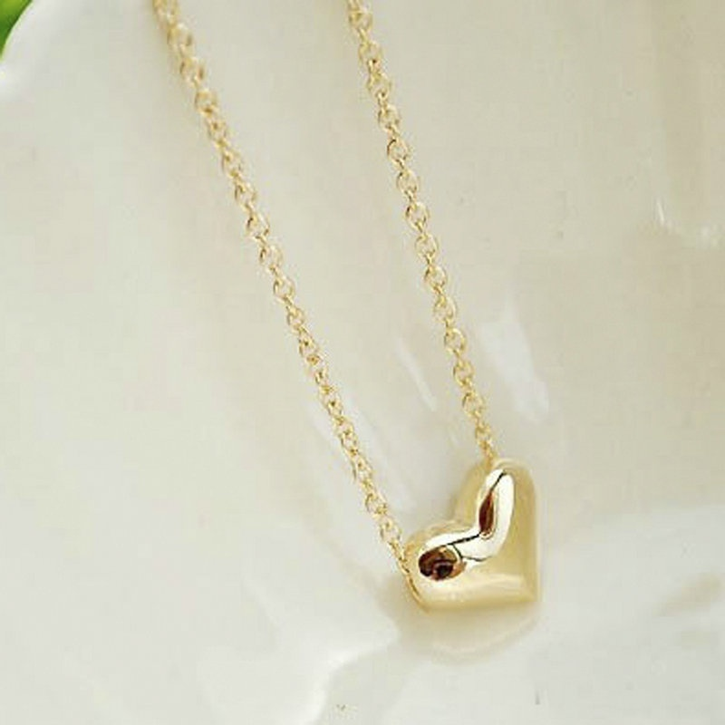 Lackingone Lovely Ladies Design Exquisite Gold Color Chain Heart Love Pendant Neckless