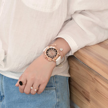 2018 BGG New Arrival Women Watch Elegant Fashion Ladies Quartz wristwatches Soft Leather Strap Rhinestone Watches Rose Gold hour