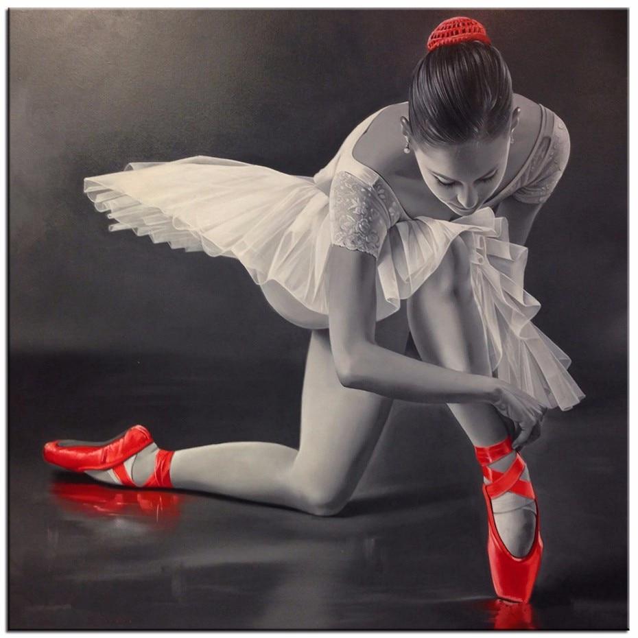 Сон сучастием балерины или театральногопредставления, где выступает балерина,можно расценивать и трактовать по-разному.