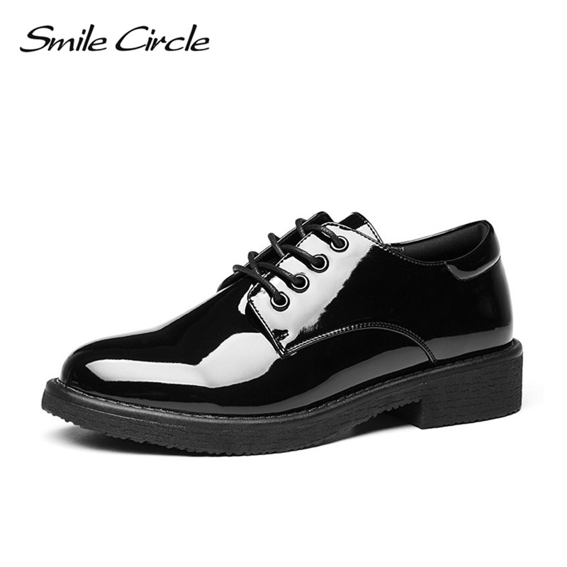 Smile Circle 2018 Women Oxford Shoes Patent leather Flats Shoes Women British style Lace-up Shoes Pointed toe black Casual Shoes