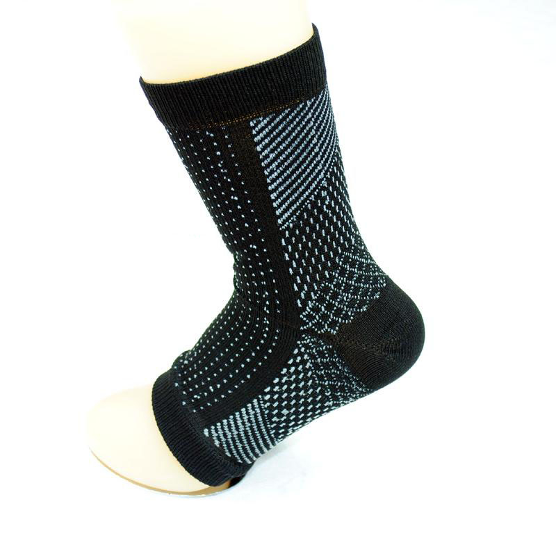 2017 Newv Foot Ankle Compression Socks Anti Fatigue Varicose Feet Sleeve