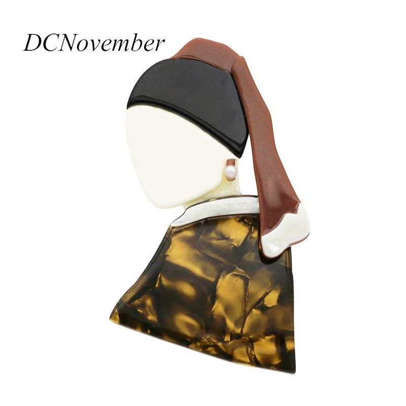 лучшая цена 2 PCS The Girl With a Pearl Earring Brooch Acrylic Brooches Environmental Acetate Brooch Pins Accessory DCNovember