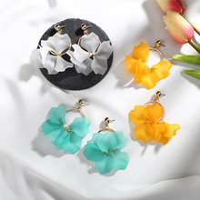 2018 New Arrival Colorful Plastic Petals Dangle Earrings Alloy Mental Circle For Girls Gifts Ear Jewelry