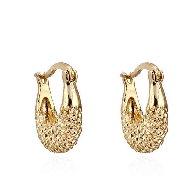 2017 New Gold Plated Women Men Clic Design Basket Hollow Out Stud Earrings Free Shipping