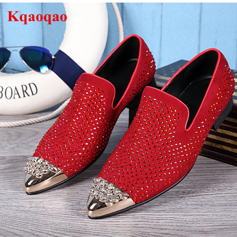 Metal Crystal Embellished Pointed Toe Business Formal Men Shoes Slip On Lazy Men Loafers Low Top Red Black Runway Star Hot Brand spring newest flat shoes 2017 pointed toe crystal embellished woman shoes slip on casual shoes gold rhinestones loafers