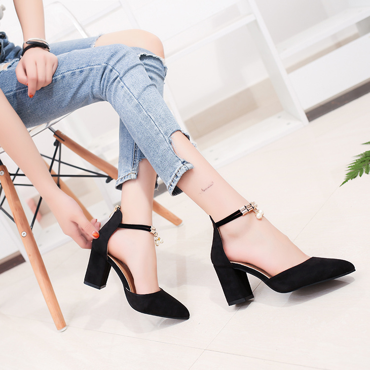 HTB1jBhWbzDuK1RjSszdq6xGLpXaj 2019 Sandalias femeninas high heels Autumn Flock pointed sandals sexy high heels female summer shoes Female sandals mujer s040