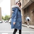 Mulheres Casacos de Inverno de Espessura Gola de Pele Jaqueta Jeans Azul Com Capuz Cordeiros Lã de Algodão Parka Casaco Quente Mulheres Denim Casacos C2743