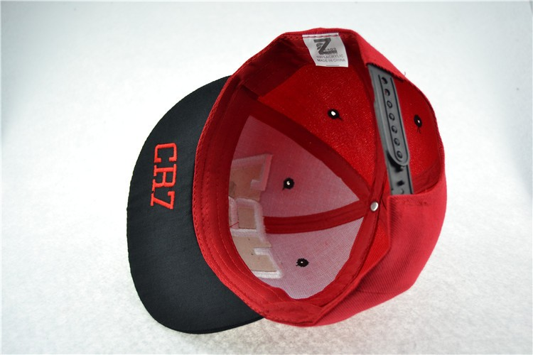black snapback hat 2788489062_1328972784