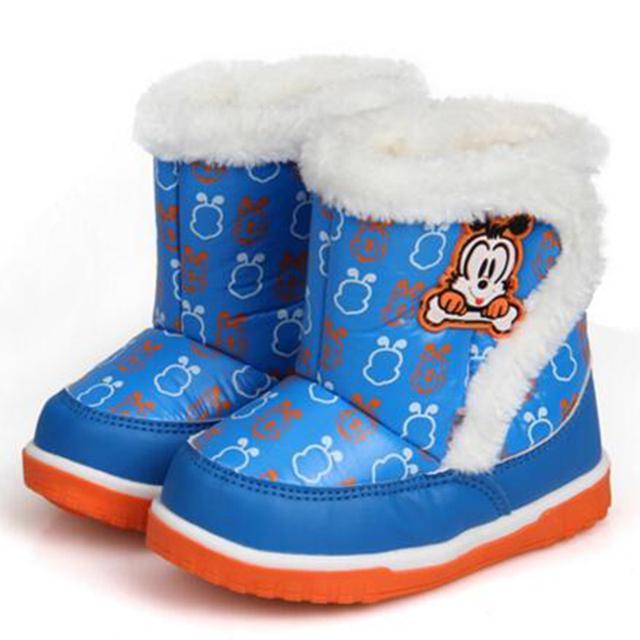 Nuevo Bebé de Invierno Botas Impermeables Niños Cargadores Del Bebé Infantil de Invierno Niñas Niño Niños Zapatos de Algodón Botas de Nieve Resbalón-prueba