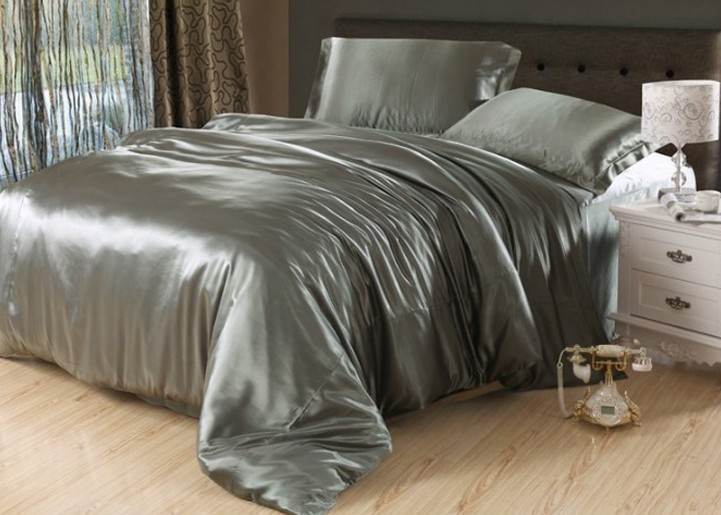 Silver Grey Bed Covers
