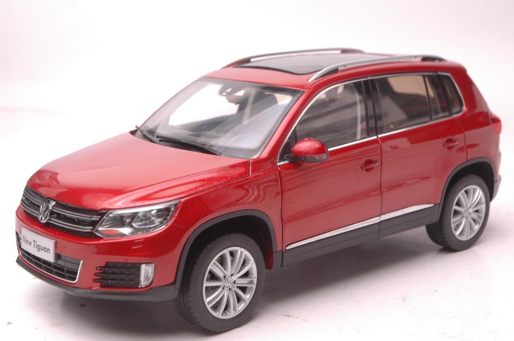 1:18 Diecast Model for Volkswagen VW Tiguan 2013 Red SUV Alloy Toy Car Collection Gifts hot sale abs chromed front behind fog lamp cover 2pcs set car accessories for volkswagen vw tiguan 2010 2011 2012 2013