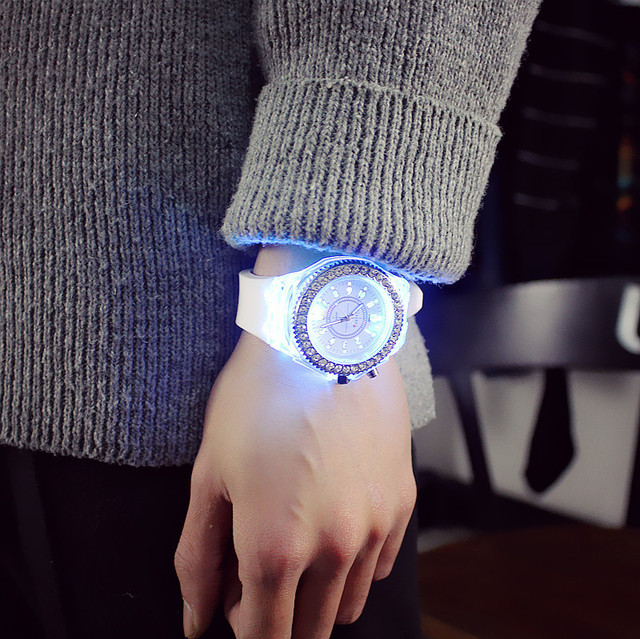 led Flash Luminous Watch 7 color light Wrist Watch 1