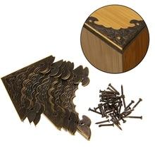 12 Uds caja de joyería antigua caja de pie de esquina de madera Protector de esquina Flor de tono bronce patrón tallado Artesanía de Metal 40X40mm MAYITR