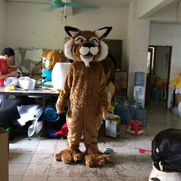 Adulte tigre mascotte Costume Cosplay partie jeu robe tenue publicité Halloween pâques tenue Fursuit mascotte à vendre en plein air