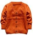2017 Moda Bebé Niño Suéter de Los Niños Ropa de Abrigo Niños Chaqueta de punto Color Sólido Tops Kids Casual Abajo Outwear la Ropa