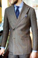 עיצובים צפצף המעיל האחרונים חום פשתן חליפת גברים זוגי חזה Terno חליפות בלייזר Slim Fit סקיני מותאם אישית 2 Piece טוקסידו Masculino