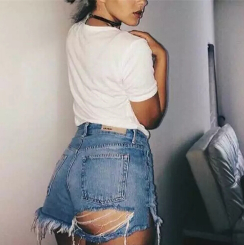 Hot Women's Ass Broken Hole Exposed Buttocks Jeans Shorts 2017 Europe And The United States Ladies Hot