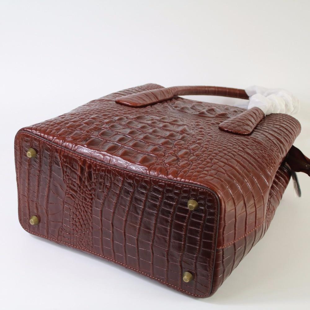 купить Fashion Crocodile Embossing Women Bag\Handbag Genuine Leather Tote Cowhide ladies' Casual Shoulder Bag Messenger Bag Big Bag~B13 по цене 16754.58 рублей