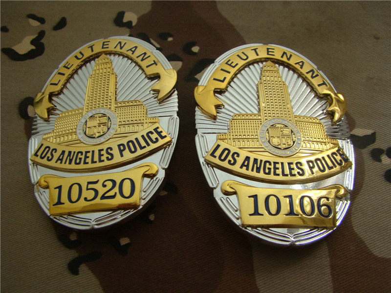 United States LA Los Angeles Badges LAPD LIEUTENANT Shirt Lapel Badge Brooch Pin Insignia Badge 1:1 Gift Cosplay