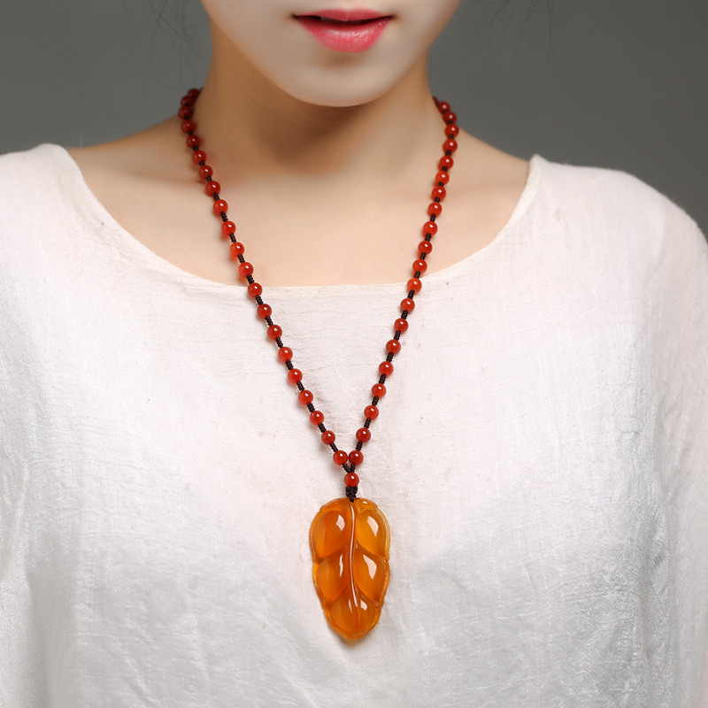 Ice seed chalcedony agate natural jade national wind leaf necklace long autumn and winter wild pendant sweater chain pendantIce seed chalcedony agate natural jade national wind leaf necklace long autumn and winter wild pendant sweater chain pendant