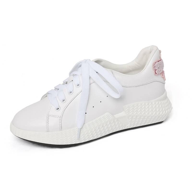 Ayakk.'ten Vulkanize Kadın Ayakkabıları'de 2019 inek deri kelebek marka Bahar ayakkabı lace up yuvarlak ayak sneaker kama rahat platform inci kadın vulkanize ayakkabı L05'da  Grup 2