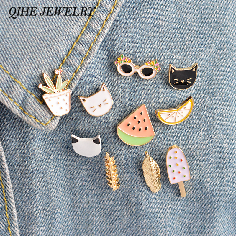 QIHE JEWELRY 1 Set Cartoon Watermelon Lemon Cactus Cat Sunglasses Leaf Popsicles Metal Brooches Women Clothes Badges Decoration