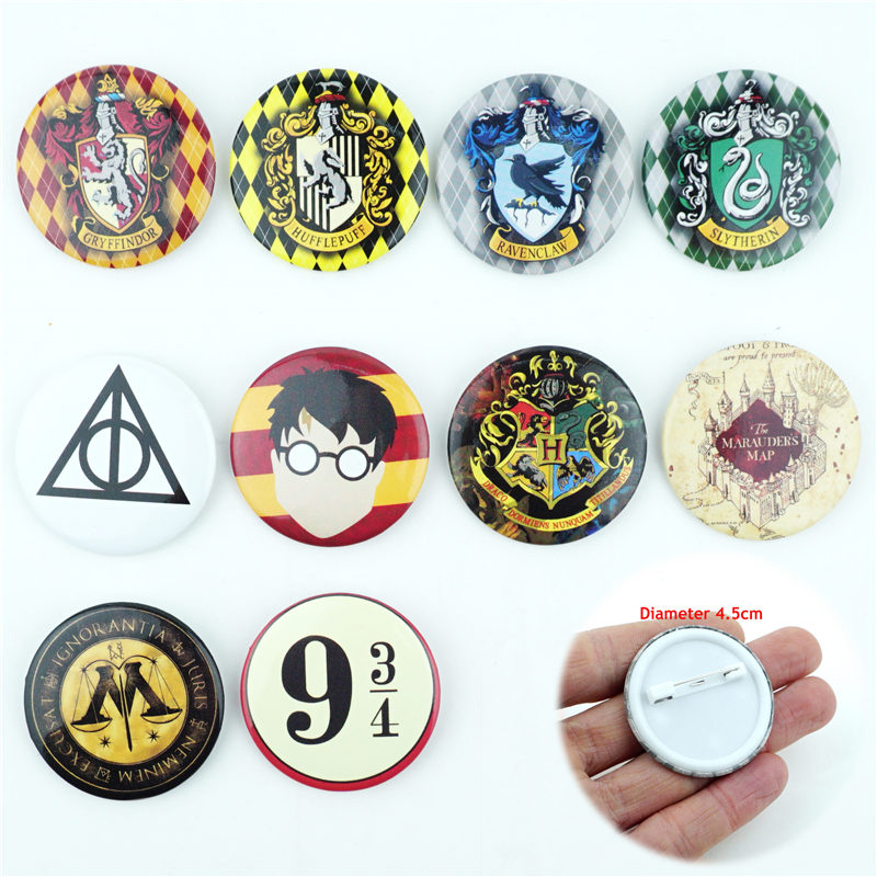 Pinback Buttons Badges Pins Fire Balloon Over The Village Lapel Pin Brooch Clip Trendy Accessory Jacket T-Shirt Bag Hat Shoe