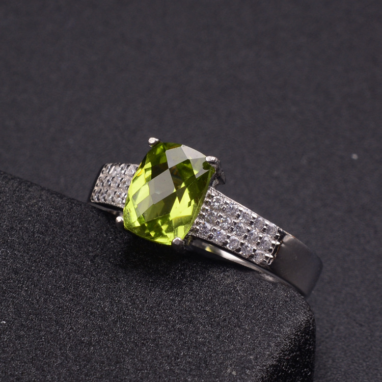 Natural Olivine Square Green Stone Ring Women Solid 925 Sterling Silver Band Natural Gem Stone Jewelry Rose / White GoldColor
