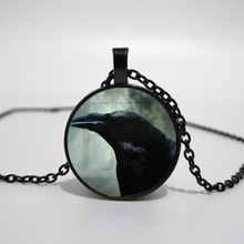 The Crow Black Raven Photo Necklace Fashion Jewelry Glass Picture Pendant Chain Mens Steampunk Bird Halloween