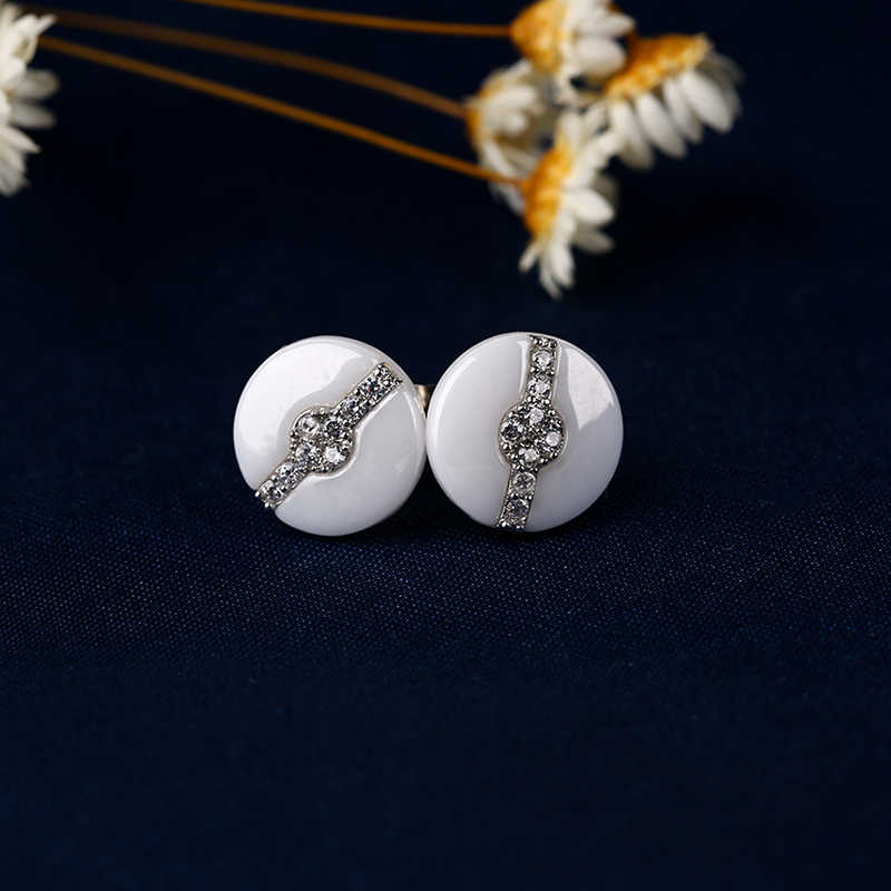 Moda sağlıklı seramik küpe bayan siyah beyaz yuvarlak seramik saplama küpe Bling AAA kübik zirkonya noel hediyesi