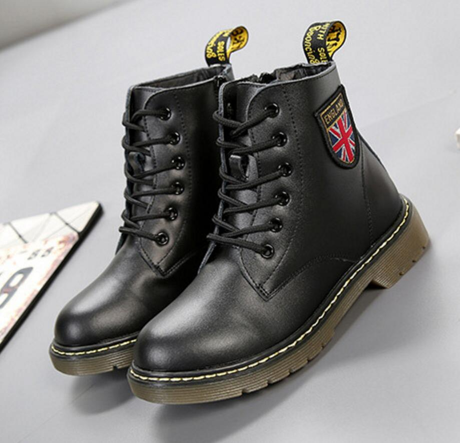 цена на Winter & Autumn Children Martin Boots Cow Muscle Top Genuine Leather Shoes For Girls & Boys Fashion 6 Holes Kids Snow Boots