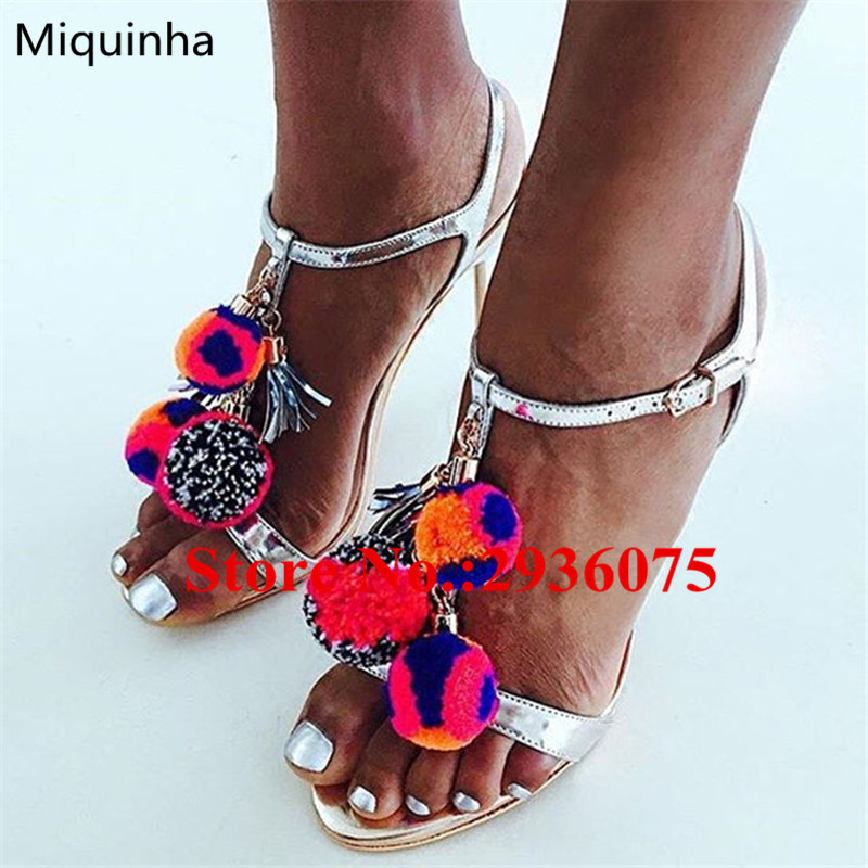 Sapato Feminino Summer Mixed Color Pompom Fringed T-Strap Sandals Silver Metallic Leather Caged Cutouts Party Ladies Shoes Woman sapato