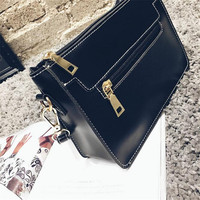 Famous Brand Women Handbag Leather Tote Bag Female Classic Lock Shoulder Bags Ladies Michael Handbags Messenger