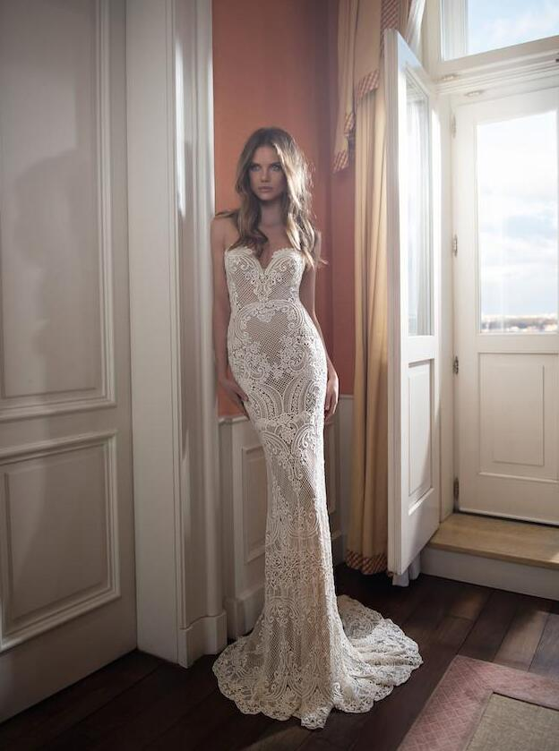 Buy berta 2016 full lace backless wedding for Where to buy berta wedding dresses