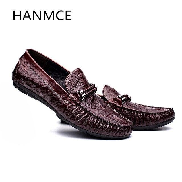 Moda uomo mocassino in vera pelle scarpe casual punta rotonda slip on  fibbia di lusso di 906f0de2e89