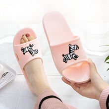купить 2019 Slippers Women Shoes Flat Slides Summer Casual Beach Shoes Flip Flops Non-slip Indoor Home Comfortable Slippers Shoes по цене 236.27 рублей