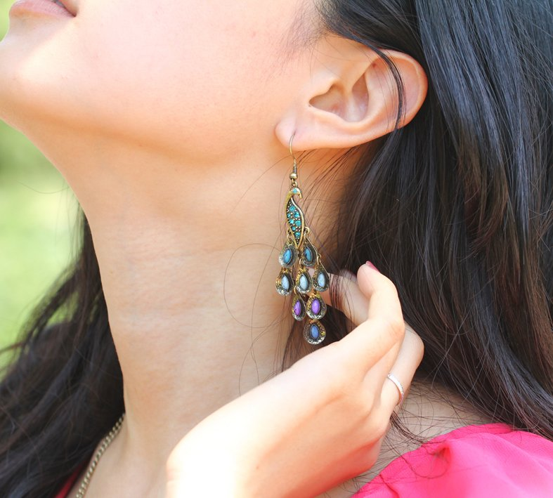 Hot Selling New Arrival Fashion Prancing Jingle Earrings Vintage Peacock Earrings Earrings E2