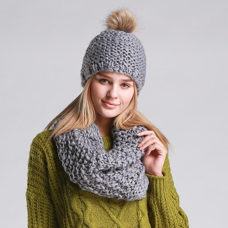 Tuque Femme Winter Faux Fur Pom Pom Hats For Women Designer Scarf Cap Set  Warm Beanies Bonnet Echarpe Femme Cappelli Inverno 66f92a323f0