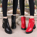 Cuadrados Botas de Tacón Alto de Las Mujeres Zapatos de Invierno 2017 Negro Rojo Las Mujeres de la hebilla Del Tobillo Botas Tamaño 35-39 Plataforma Corto Botas de Cuero DX188