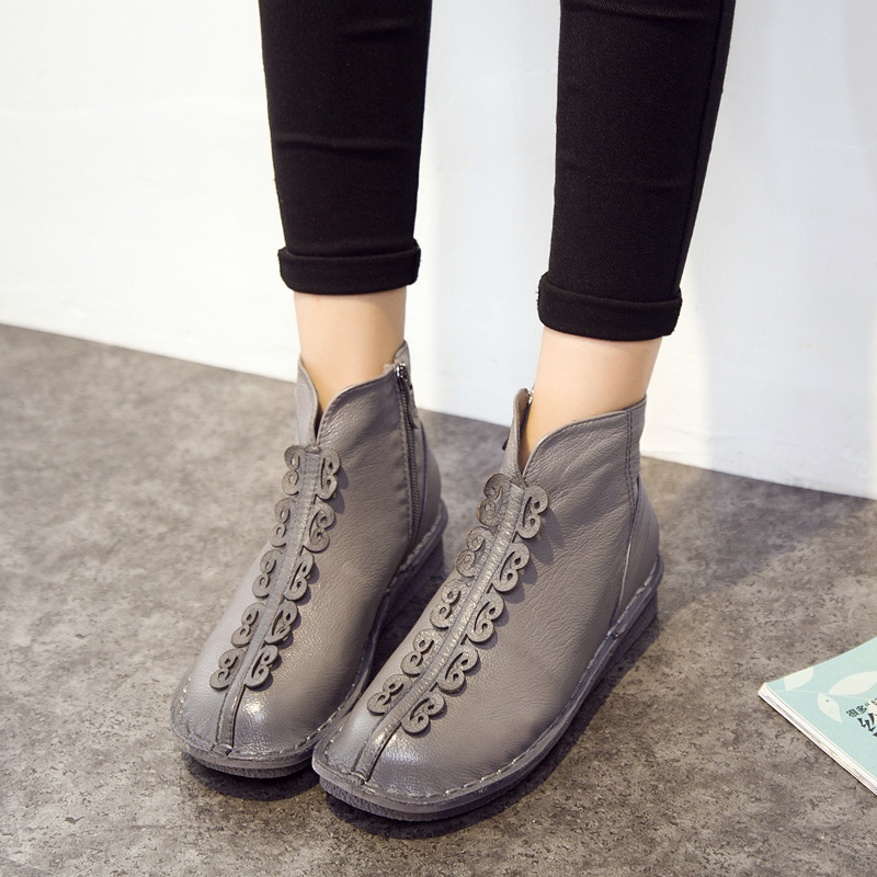 Real Leather Women  Boots Casual Round Toe Low Top Side Zipper 2017 Fashion New  Women Autumn Boots  Flowers Ladies  Shoes 1908