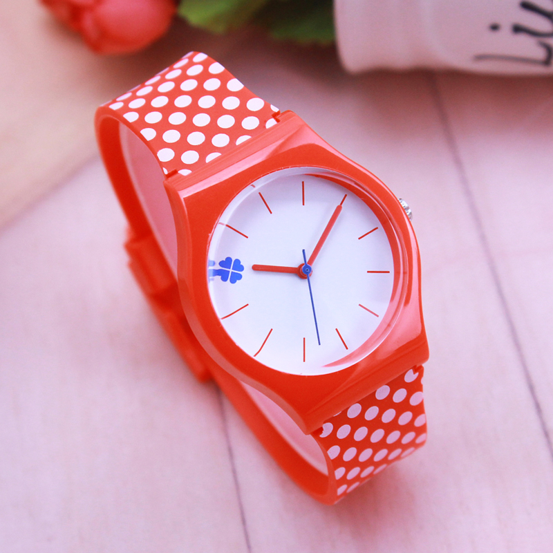 2018 Summer New Brand Children Students Candy Color Fashion Quartz Watches  Kids Soft Waterproof Sports Casual Wristwatches