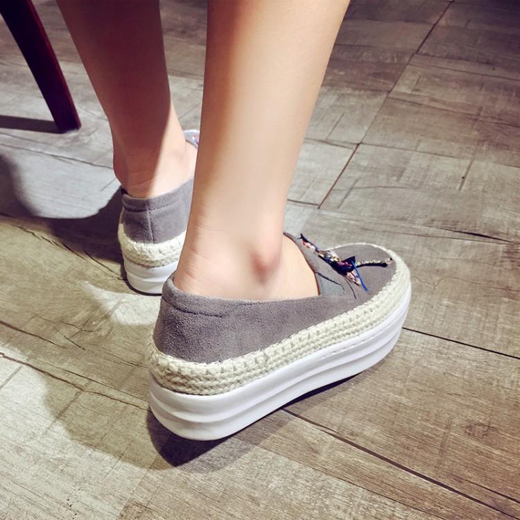 Big Size Women Platform Loafers Crystal Genuine Leather High Quality Pointed Toe Flats Shoes For Women Slipony Women Rhinestone  (40)